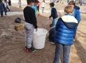 Пролећно чишћење школског дворишта